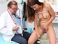 Brunette babe speculum exam with Therese Bizarre