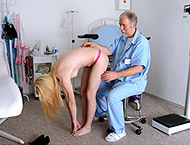 Bea, 22 years girl gyno exam. Inspection with breasts and abdominal exam, doppler, thermometers, anal exam, vaginal ultrasound, two speculums and vibrator orgasm heartbeat!