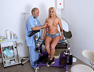 Roxy, 20 years. Checkup with mouth and heartbeat exam, douche, anal and vaginal inspection, ultrasound, two speculums and vibrator orgasm.