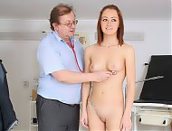 Lidka gyno vagina medical instrument appointment at freaky gynoclinic with curious pussy woman doctor